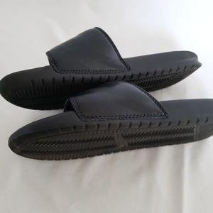 Nike Shoes - Ladies black pink Nike sandals slide sz 8